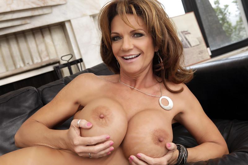 3 placeres sexuales que te ofrecen tus senos Salud180